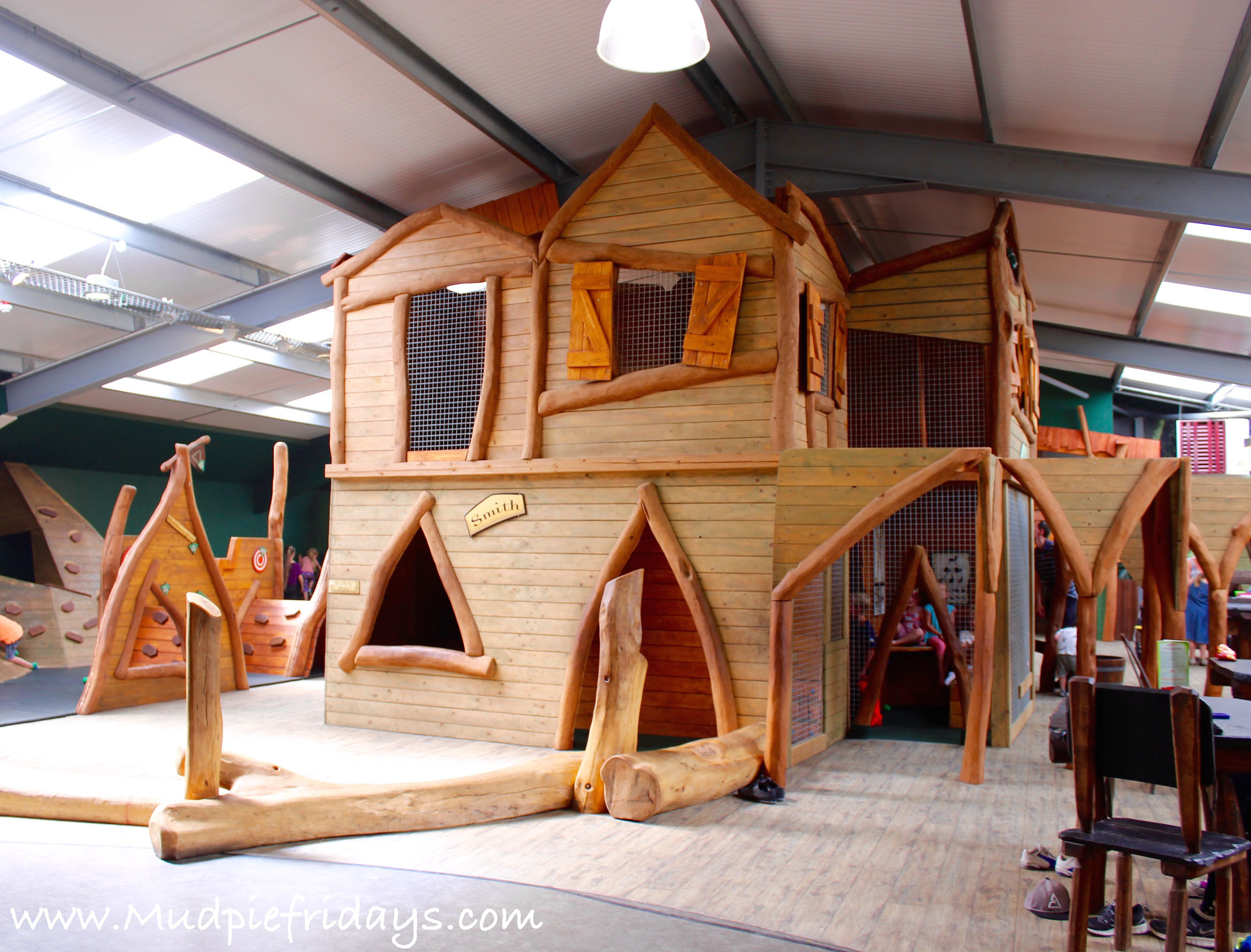Hobbledown Play Barn