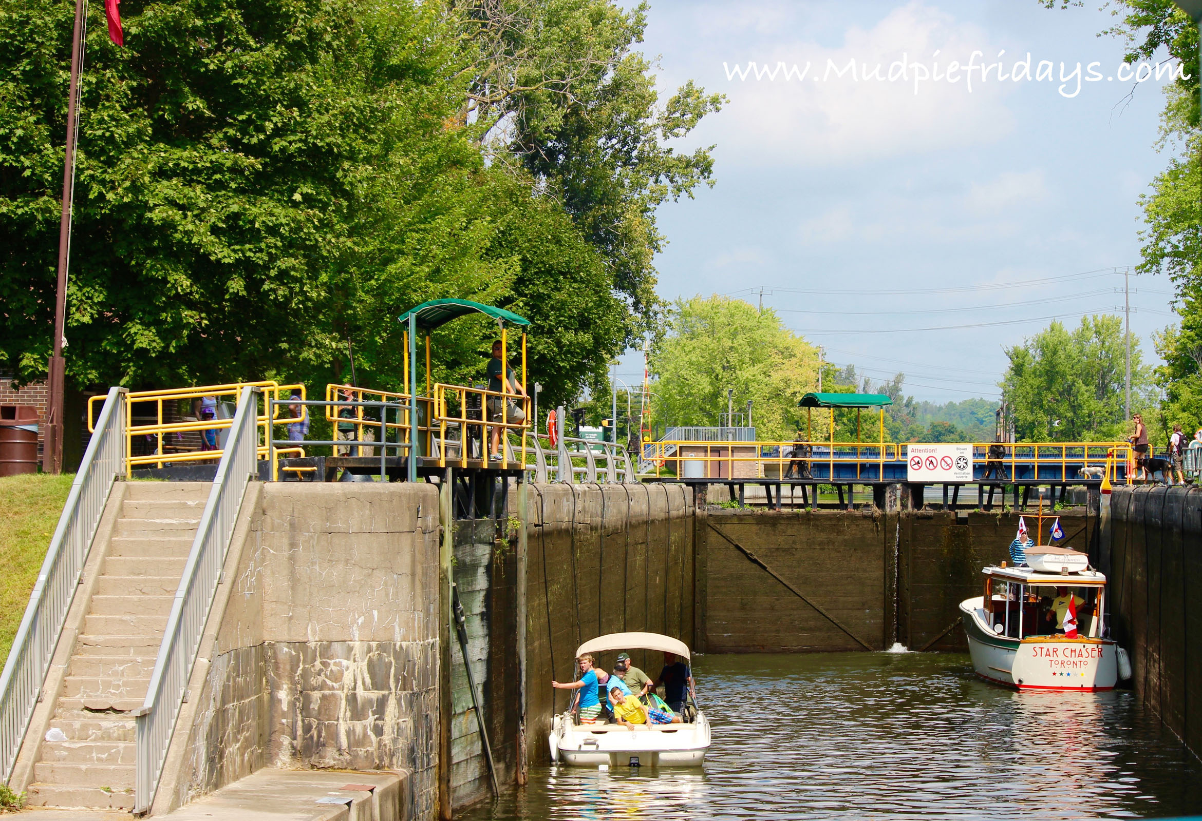 Peterborough Hydrolic Lift Lock