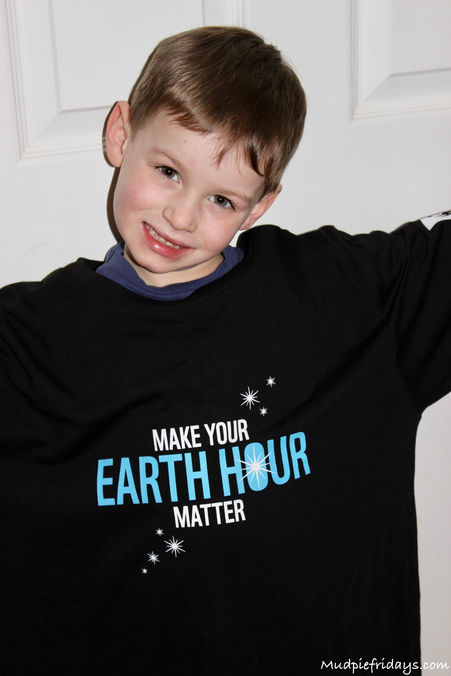 Making Elephant Lanterns for WWF Earth Hour