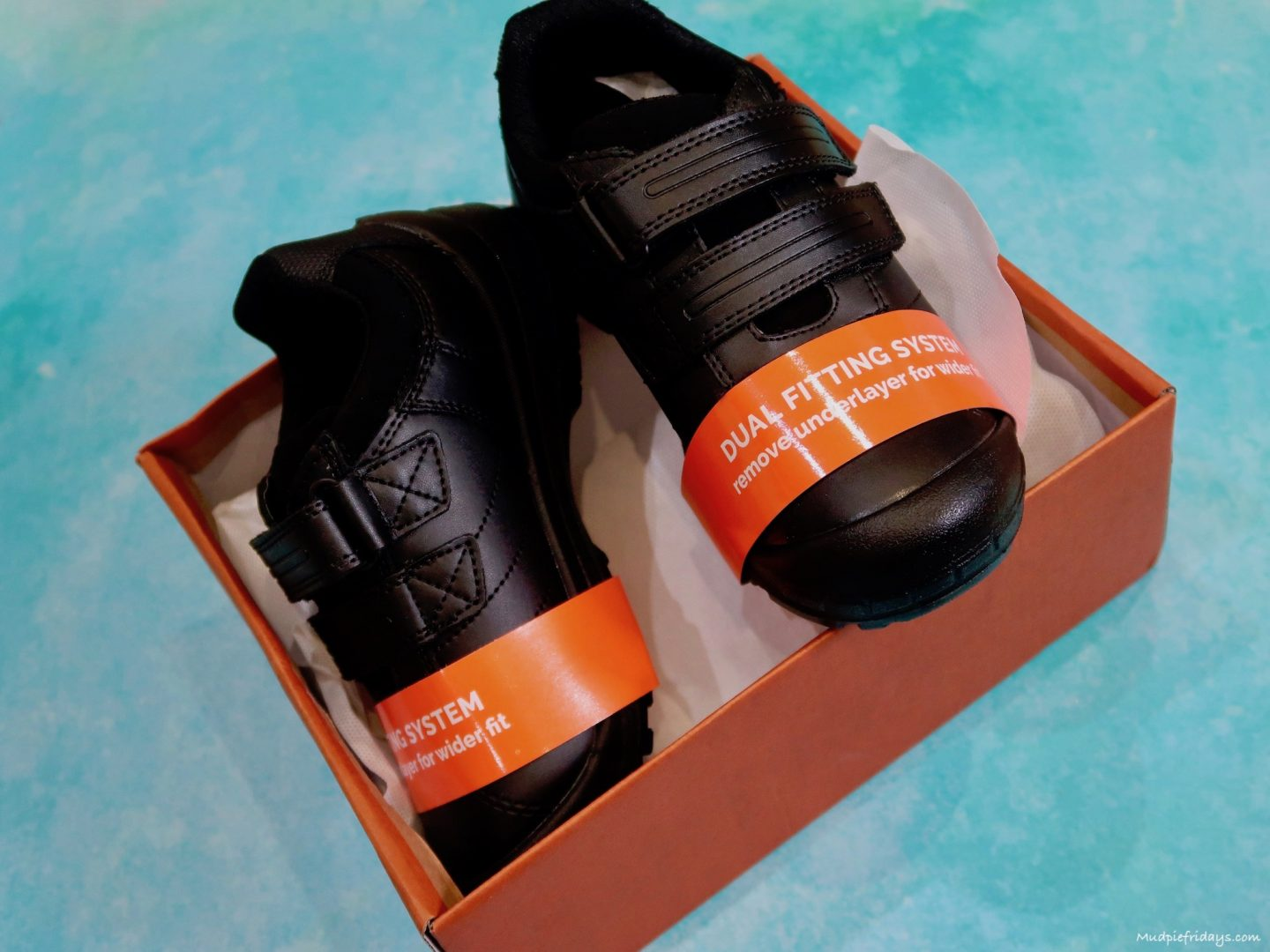 Review : Treads School Shoes