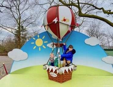 Which rides at Efteling are best for a 3 year old