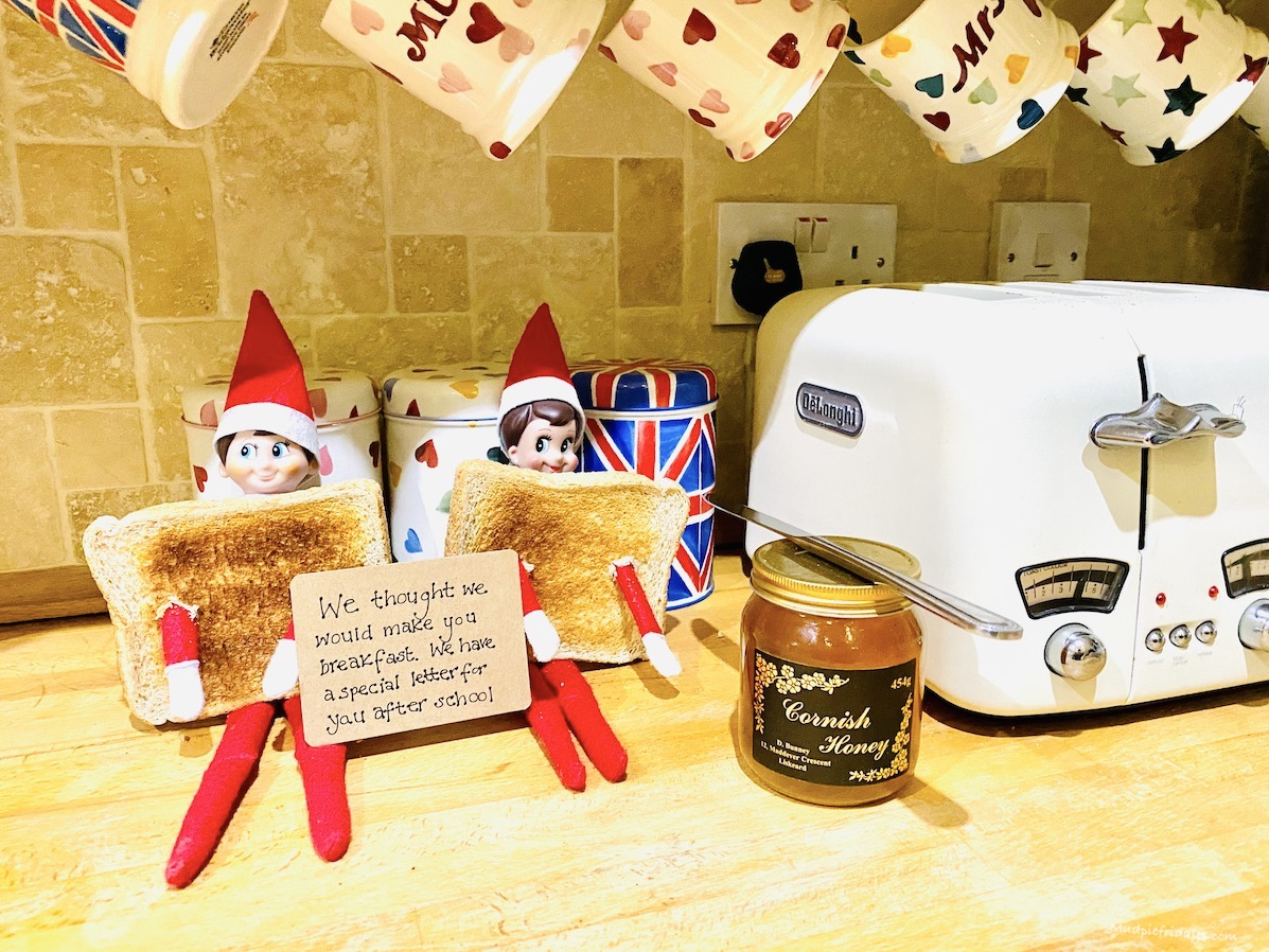 Elf on the Shelf Toast Idea