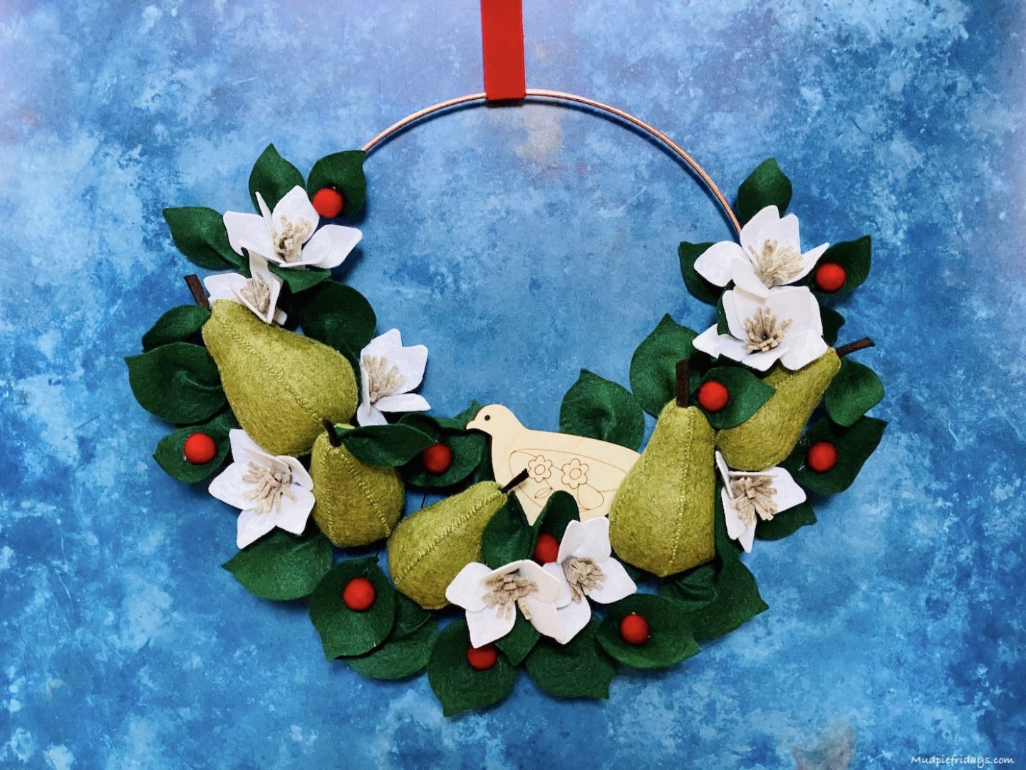 Partridge in a Pear Tree Wreath from MakeBox.co